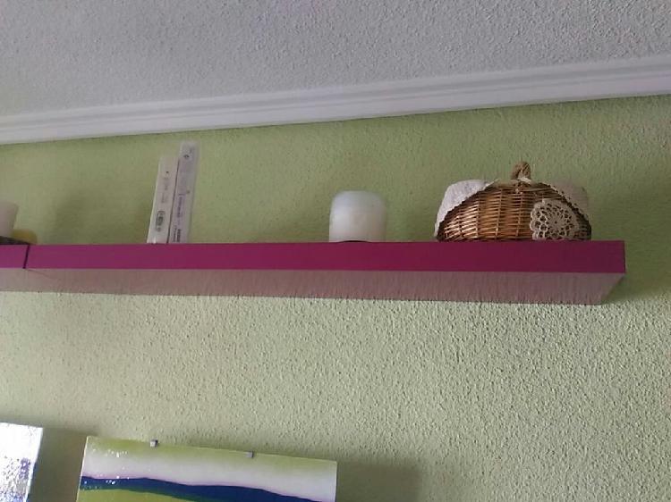 Dos estanterías color fucsia, rosa fuerte de 110 c