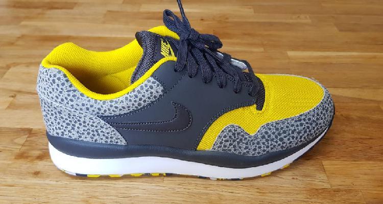 """Nike sir safari le """" mesh pack"""" 2012 us 9.5"""