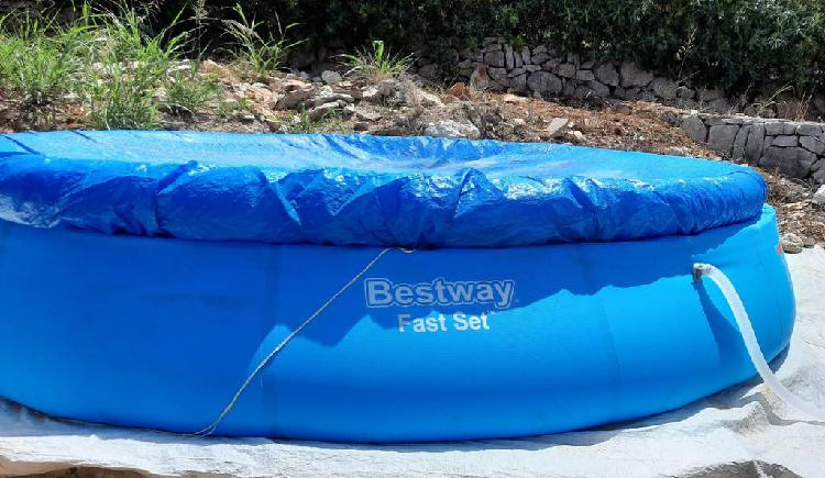 Piscina hinchable bestway fast set