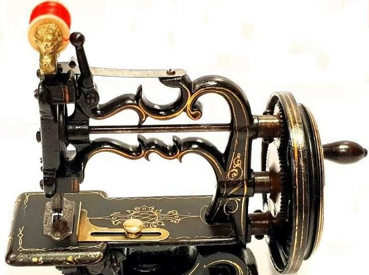 Antigua maquina de coser charles raymond 1893 antique sewing