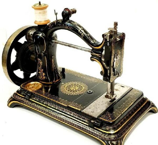Antigua maquina de coser la voyageuse nº6 1887 completa