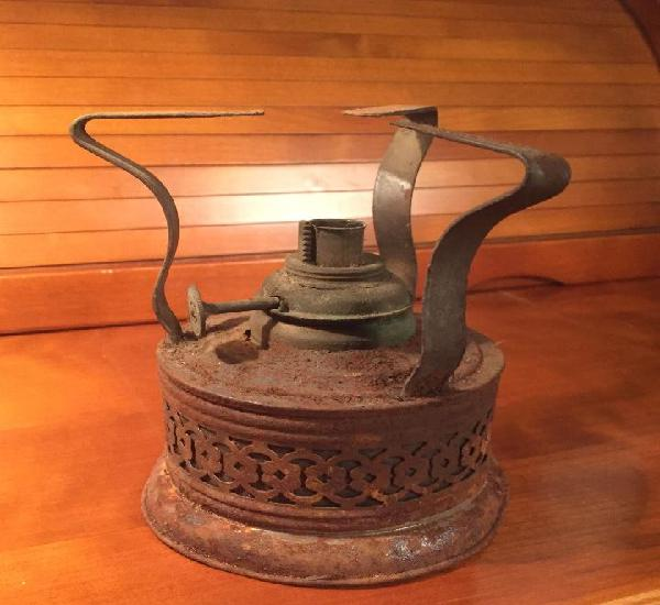 Antiguo hornillo alcohol siglo ix como se vé en las fotos