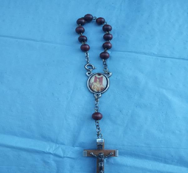 Pulsera rosario o rosario de mano virgen del camino creo ?
