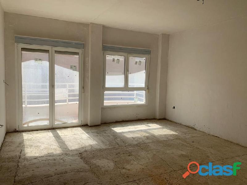 Apartamento Sin Terminar en Centro de Torrevieja a una calle de la Plaza del Ayuntamiento 3