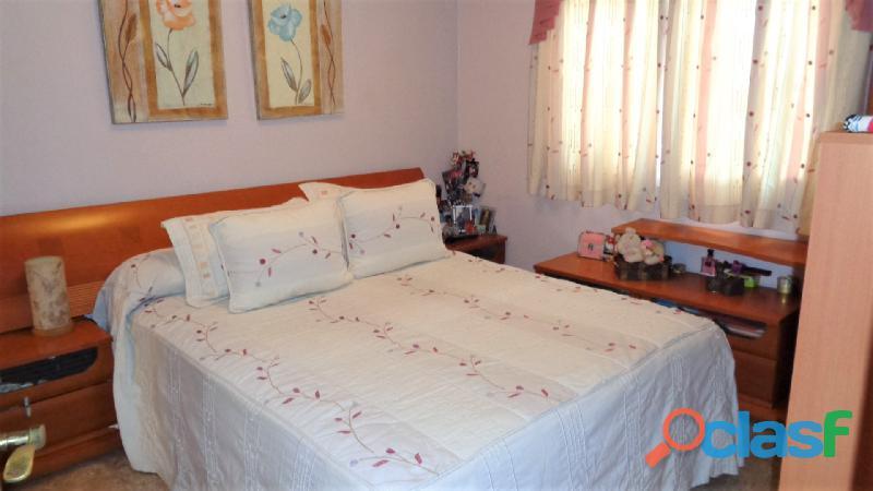 Espacioso Apartamento en Centro de Torrevieja a 400 metros de la Playa de Acequión con Garaje 4