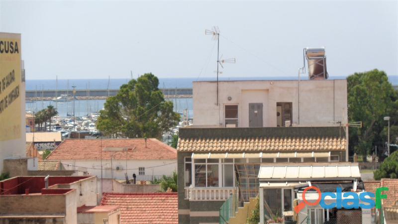 Espacioso Apartamento en Centro de Torrevieja a 400 metros de la Playa de Acequión con Garaje 7