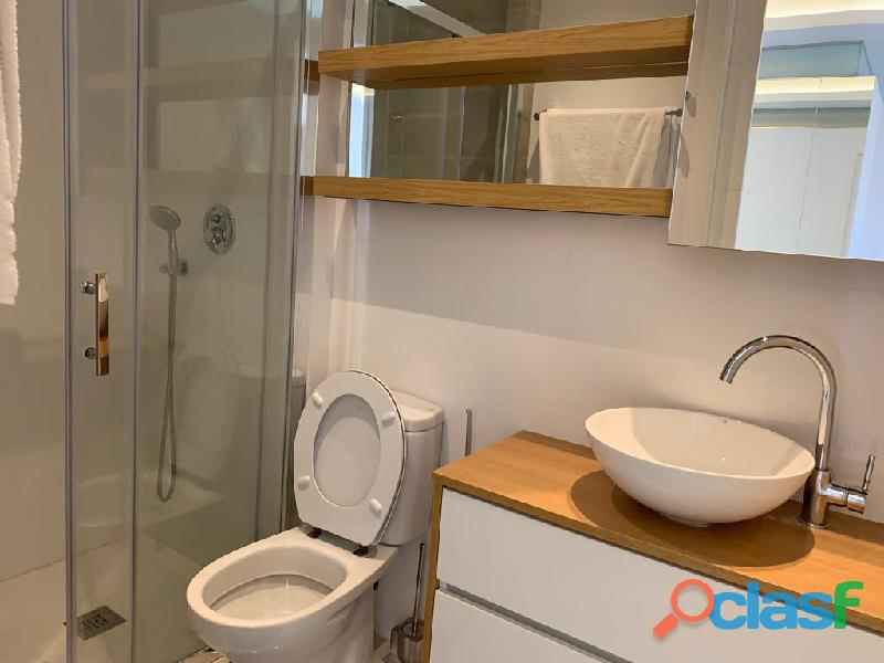 Precioso Apartamento Semi  Nuevo con Piscina Comunitaria en Orihuela Costa 1