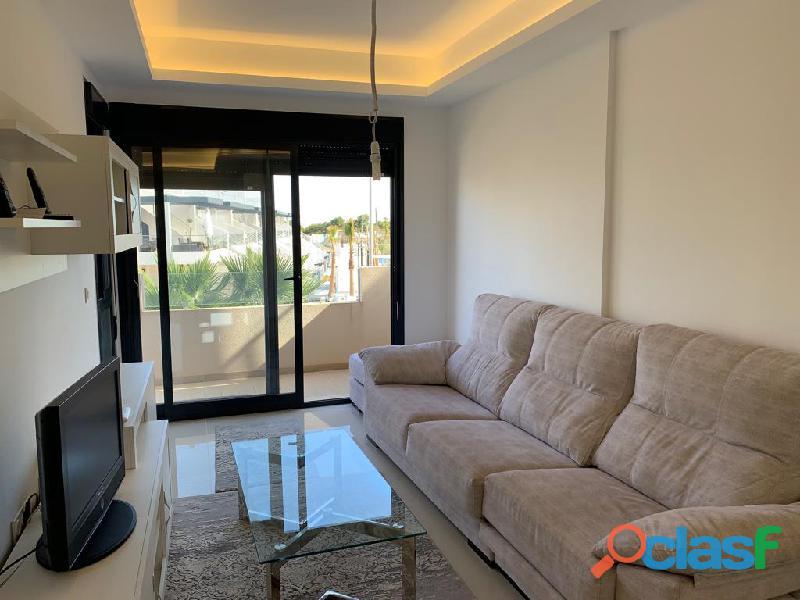 Precioso Apartamento Semi  Nuevo con Piscina Comunitaria en Orihuela Costa 5