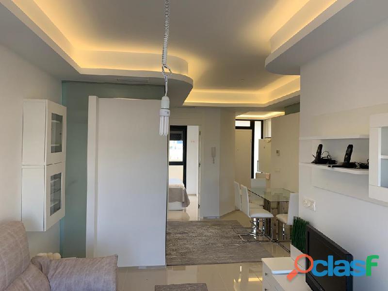 Precioso Apartamento Semi  Nuevo con Piscina Comunitaria en Orihuela Costa 6