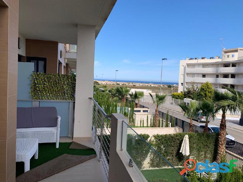 Precioso Apartamento Semi  Nuevo con Piscina Comunitaria en Orihuela Costa 7