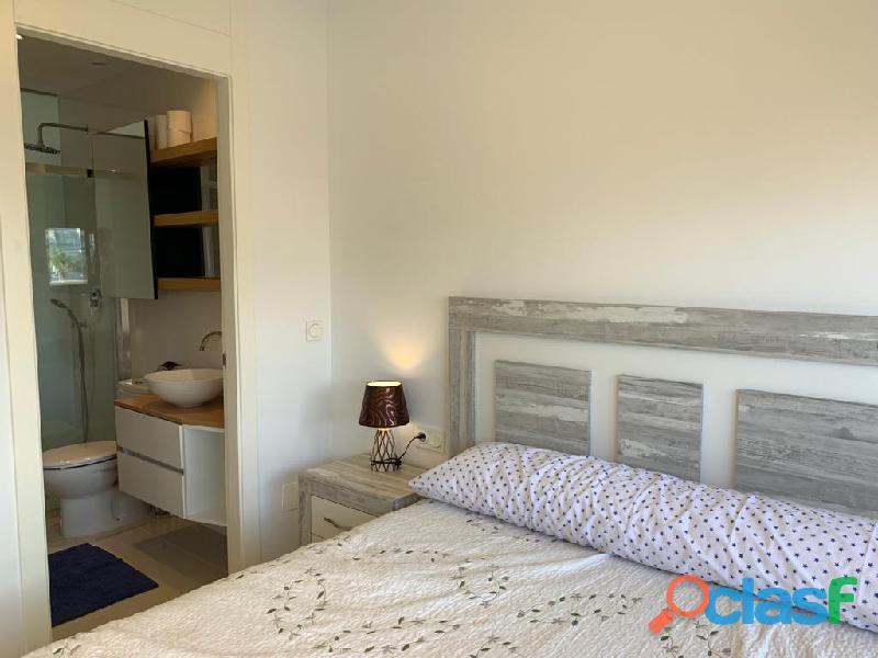 Precioso Apartamento Semi  Nuevo con Piscina Comunitaria en Orihuela Costa 8