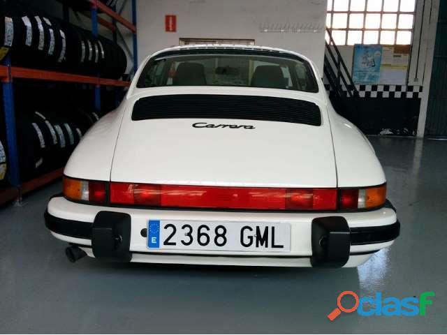 Porsche 911 3.2 Carrera 4