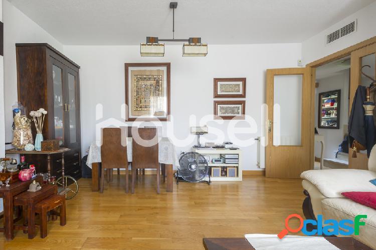 Ático dúplex en venta de 185 m² Calle Rafael Canogar, 28320 Pinto (Madrid) 3