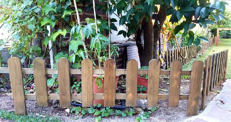 Borde de jardín - valla - traviesa-bordura plantar
