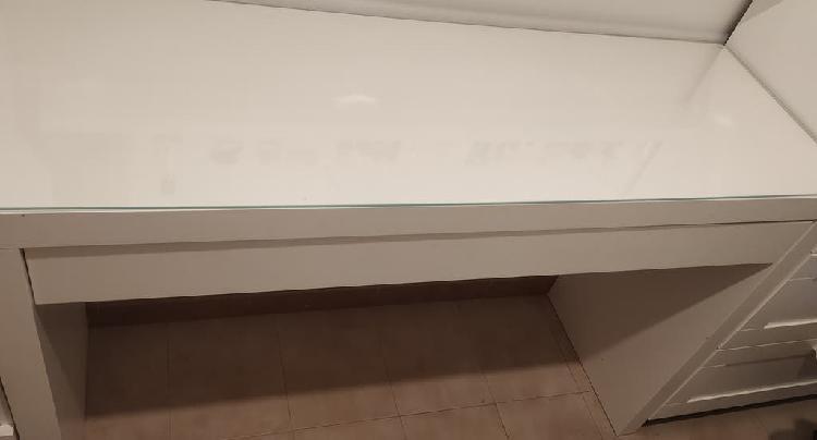 Tocador blanco con cajón