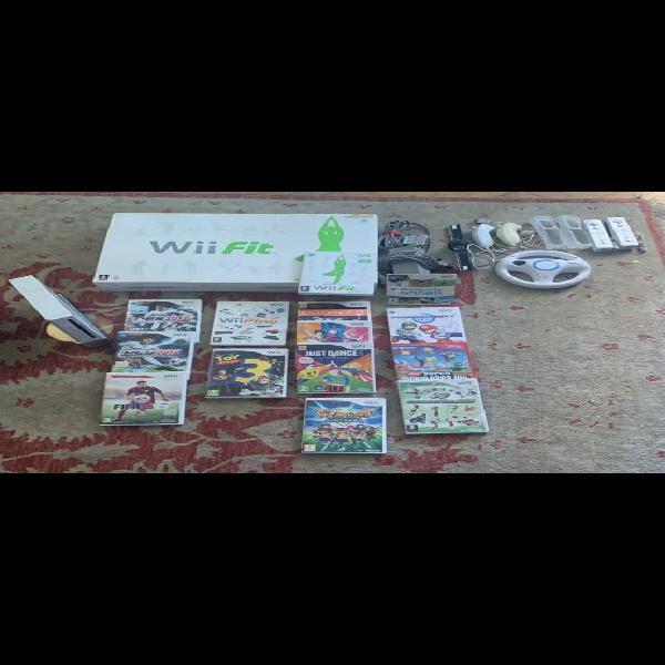 Wii + wii fit + 13 juegos + 2 mandos + volante