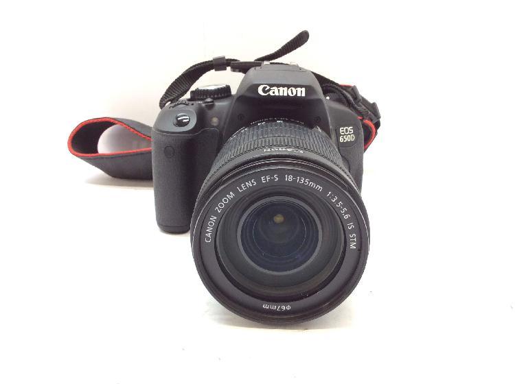 12 % camara digital reflex canon eos 650d+ef-s 18-135mm