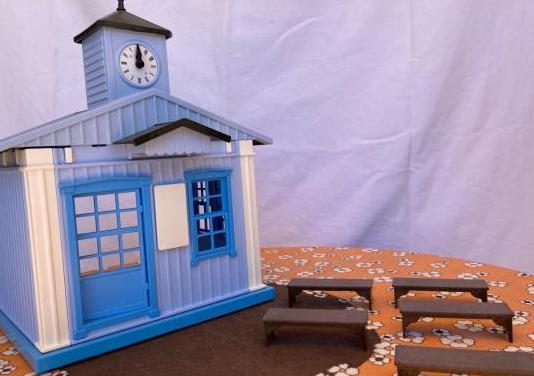 Iglesia de playmobil 6279 sin niños