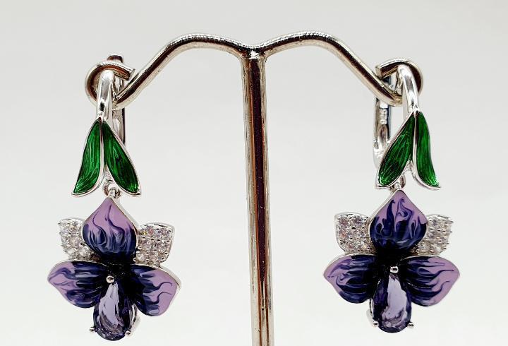 Magníficos pendientes de orquídea en plata de ley