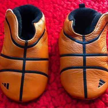 Zapatillas bebe adidas balon basketball 3k