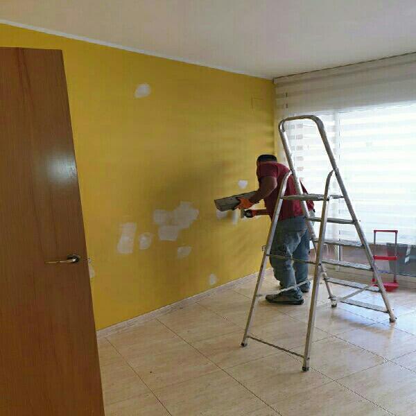 Pintor terrassa y alrededores. low cost !!!!!