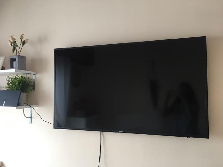 Televisor samsung eu50mu6125kxxc