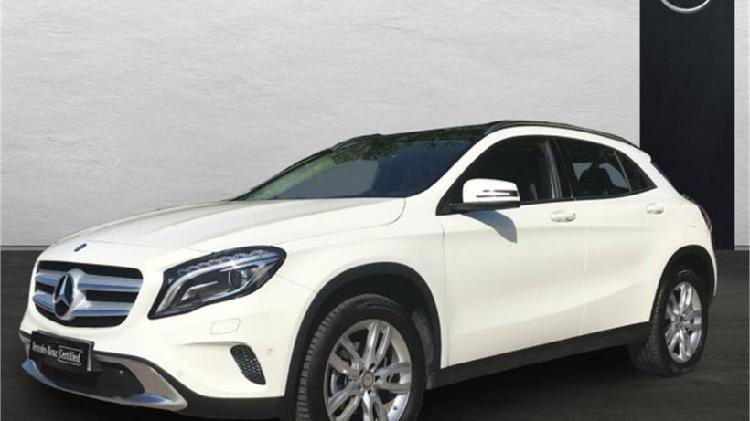 Mercedes-benz clase gla 200 d urban