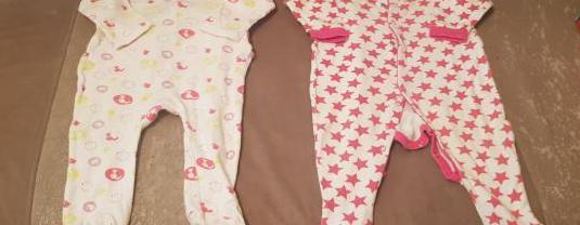 Lote 7 pijamas bebe niña 6 - 9 meses