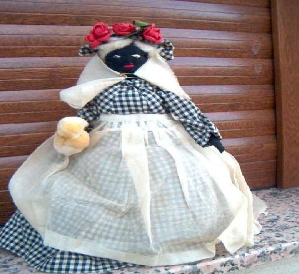 Antigua muñeca de trapo negra. ver fotos adicionales, sobre