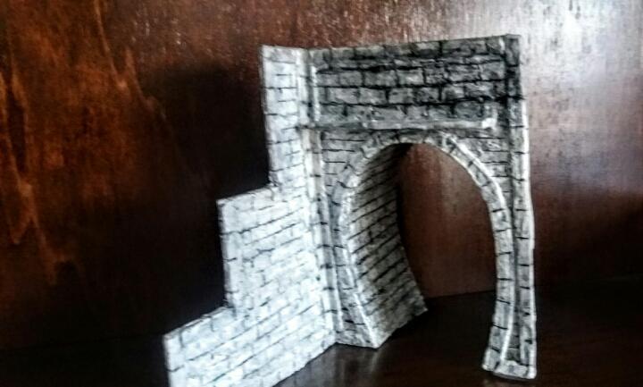 Boca de túnel con muro escalonado ho 1 vía