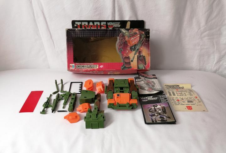 Figura transformers roadbuster