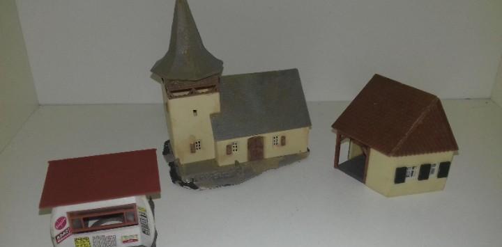 Iglesia, quiosco y otra mas escala n --- l45-232 (con compra