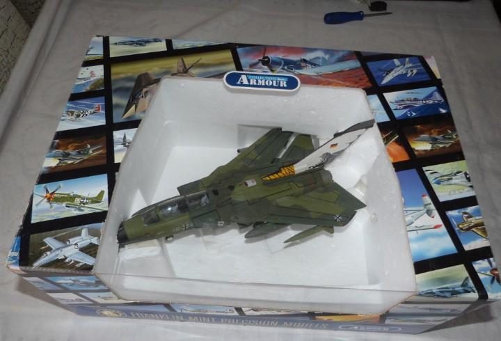 Modelo avion panavia tornado,1/48 metal, franklin-