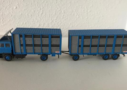 Camión daf de transporte de ganado 1:87