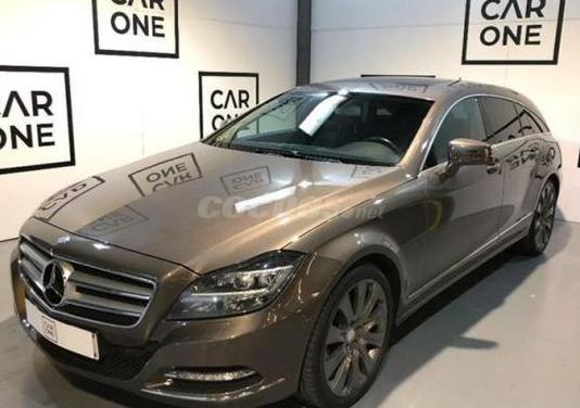 Mercedes-benz clase cls cls 350 cdi 4matic shootin