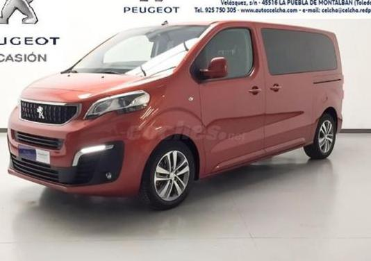 Peugeot traveller allure bluehdi 110kw 150cv stand