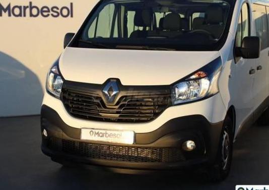 Renault trafic passenger energy dci 88 kw 120 cv