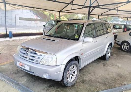 Suzuki grand vitara xl7 2.0 diesel dlx 5 plazas 5p