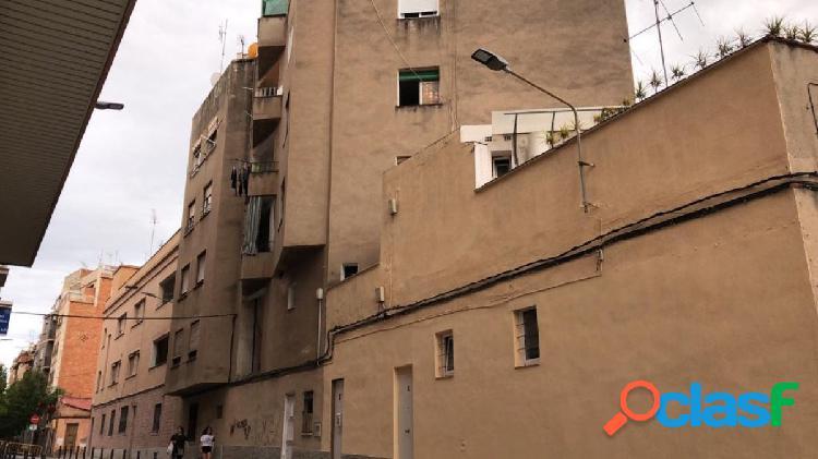 Super oportunidad!! edificio en venta en collblanc, hospitalet de llobregat - barcelona
