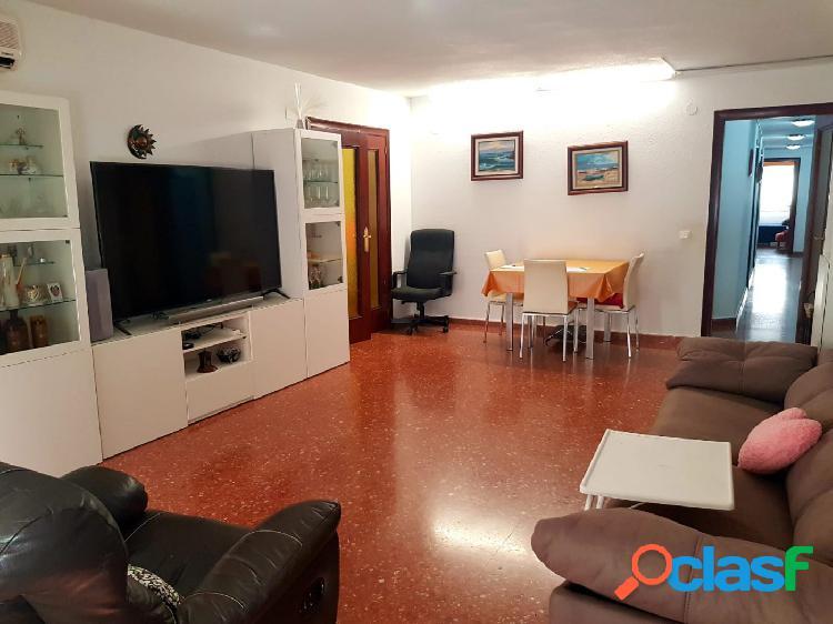 Magnifico piso reformado en república argentina