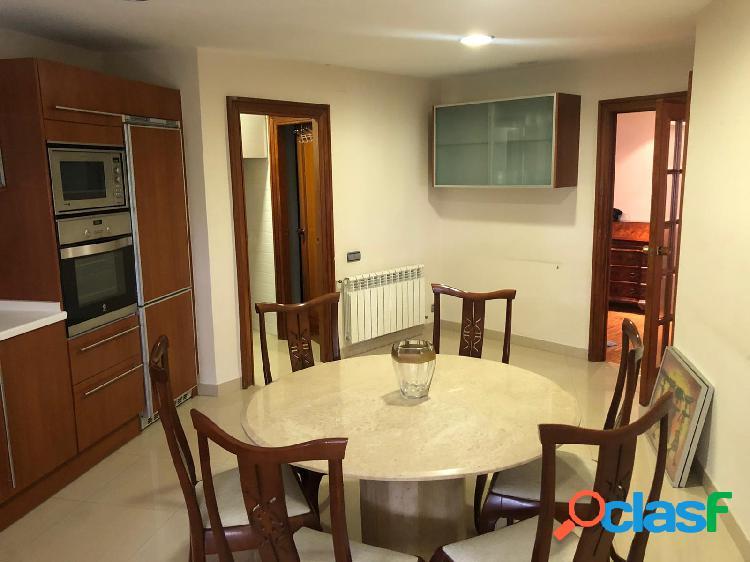 Piso ALQUILER en Castellon zona CENTRO, 200 m., 4 habitaciones, 2 baños 1