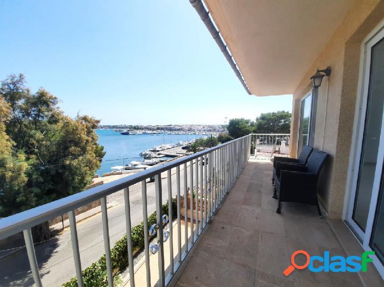 Piso con terraza con vistas al mar en porto colom, felanitx