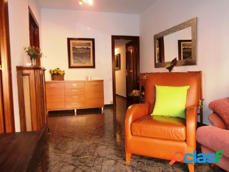 Piso en alquiler en zona alta, calle Santaló. Cuarto con ascensor. 1
