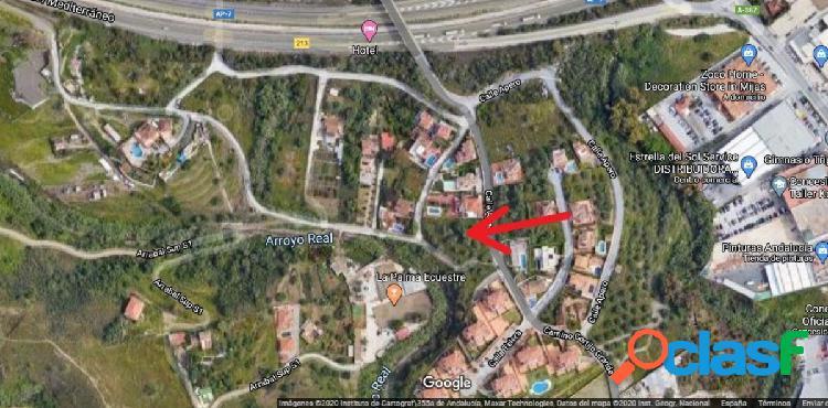 Parcela urbana para viviendas unifamiliares