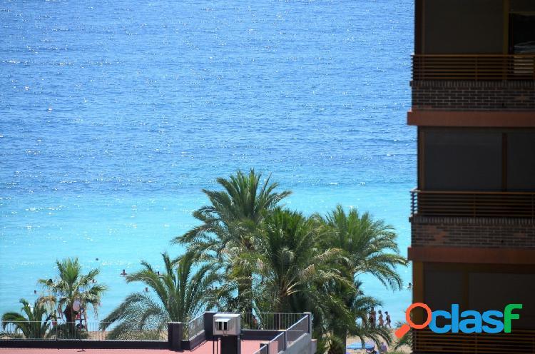 Apartamento de dos dormitorios con vistas al mar en playa poniente, benidorm!!!