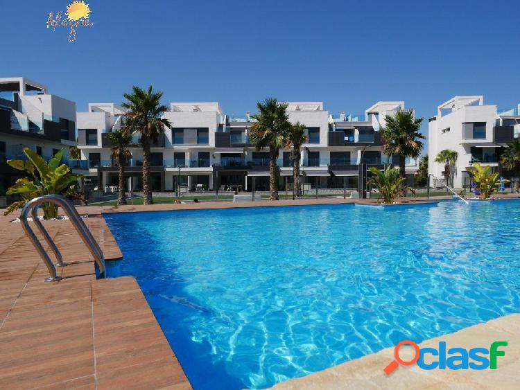 Apartamento en oasis beach xiii totalmente acabado. tiene 2 dormitorios, 2 baños, salón-comedor, coc