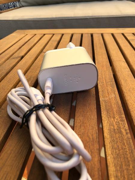 Cargador belkin- para macbook y google chromebook