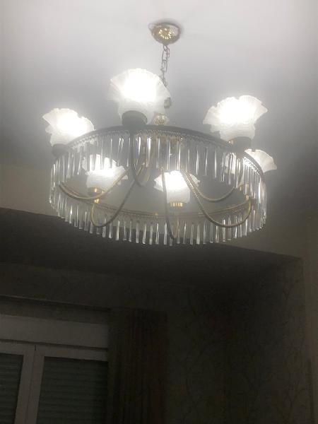 Una lámpara de techo