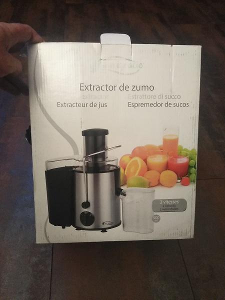 Extractor de zumo nuevo sin estrenar