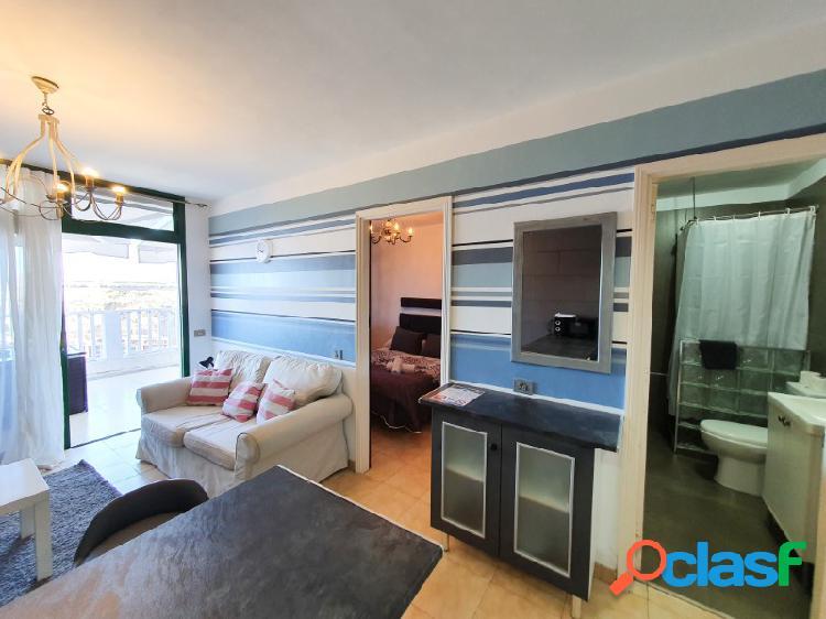 Reformado apartamento con impresionantes vistas al mar y licencia de vivienda vacacional